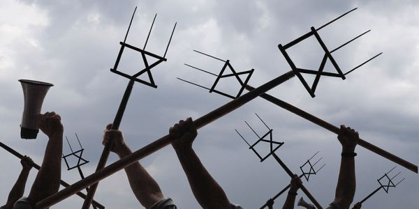 title-ix-pitchforks
